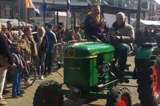 Boerenmaandag oldtimer- en traktorrit